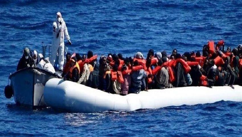 غرق قوارب تقل عشرات المهاجرين قبالة السواحل الإسبانية