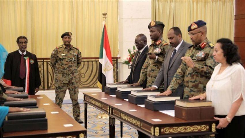فيديو| السودان.. الحكومة الجديدة تؤدي اليمين الدستورية