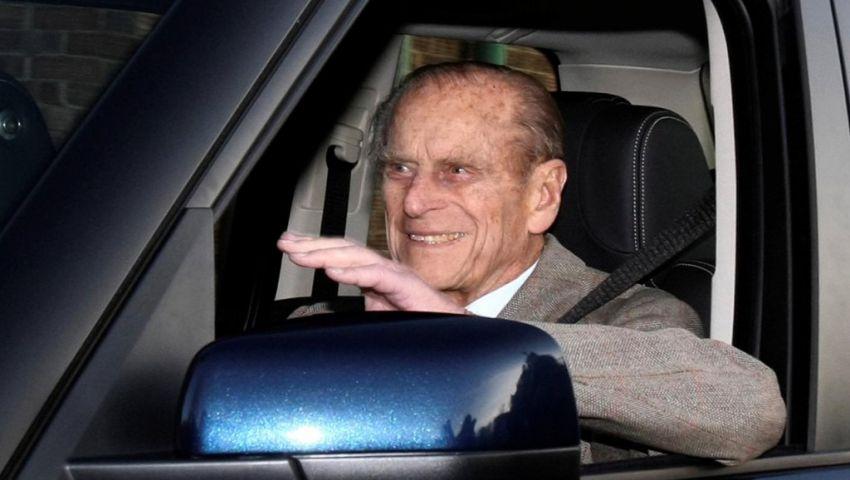 واشنطن بوست: لعجزه عن القيادة.. زوج ملكة بريطانيا يتخلى عن رخصته