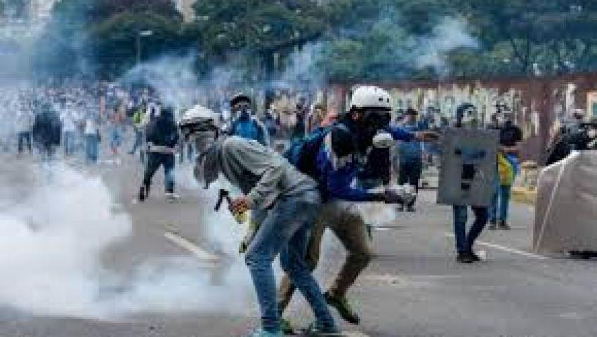 فنزويلا.. ارتفاع قتلى اشتباكات في مركز توقيف للشرطة إلى 29