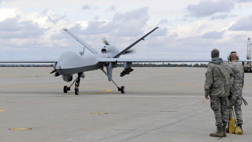 بهذا الصاروخ.. الحوثي يسقط طائرة تجسس أميركية باليمن