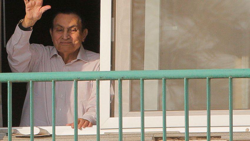 أسوشيتيد برس:  مبارك العجوز يفتح صفحة جديدة في حياته