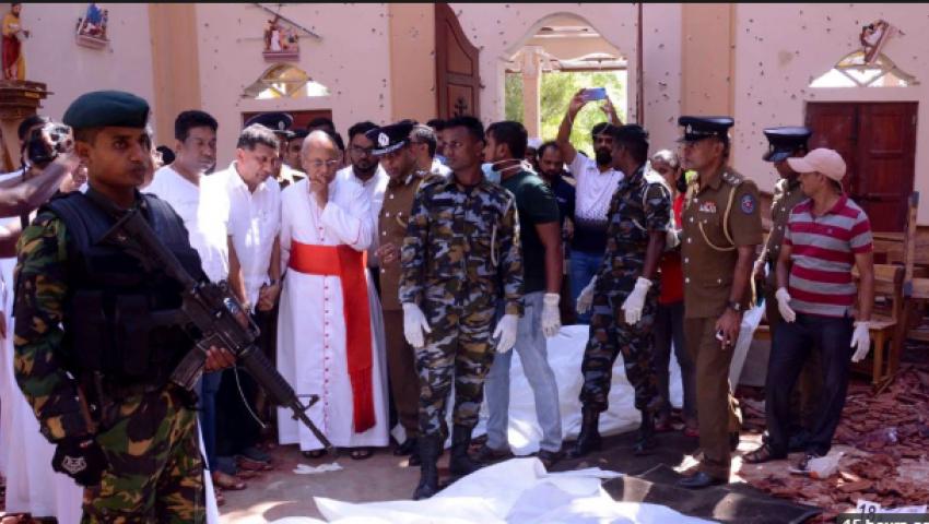 فيديو| ارتفاع حصيلة ضحايا تفجيرات سريلانكا إلى 290 قتيلًا
