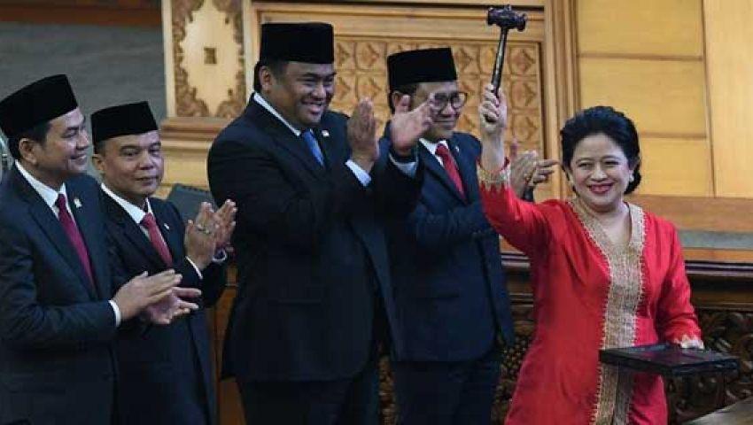 بعد أن اشتهرت بـ«سيلفي»الملك سلمان.. «بوان ماهاراني» أول امرأة ترأس برلمان إندونيسيا