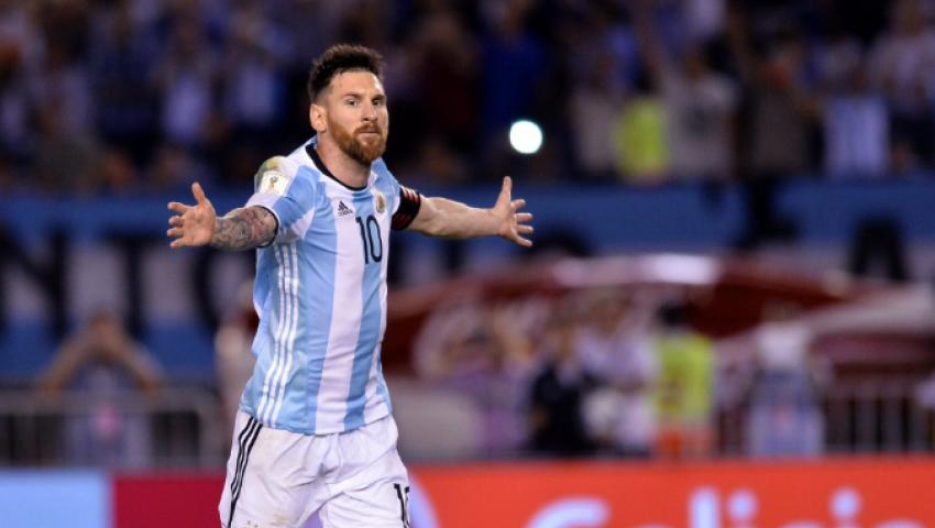 فيديو  ميسي يقود الأرجنتين للتقدم على تشيلي بالشوط الأول