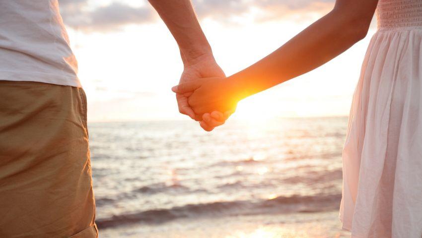 هل يمكن للقلب أن يحب شخصين في ذات الوقت؟