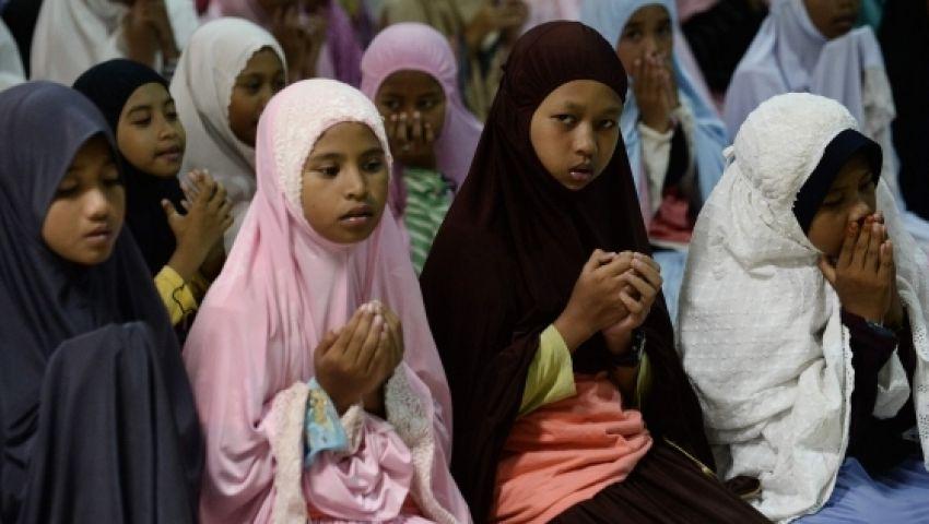 كيف برر رئيس وزراء تايلاند جمع المعلومات عن الطلاب المسلمين؟