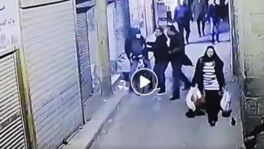فيديو| لحظة تفجير إرهابي الحسين نفسه فى قوات الأمن