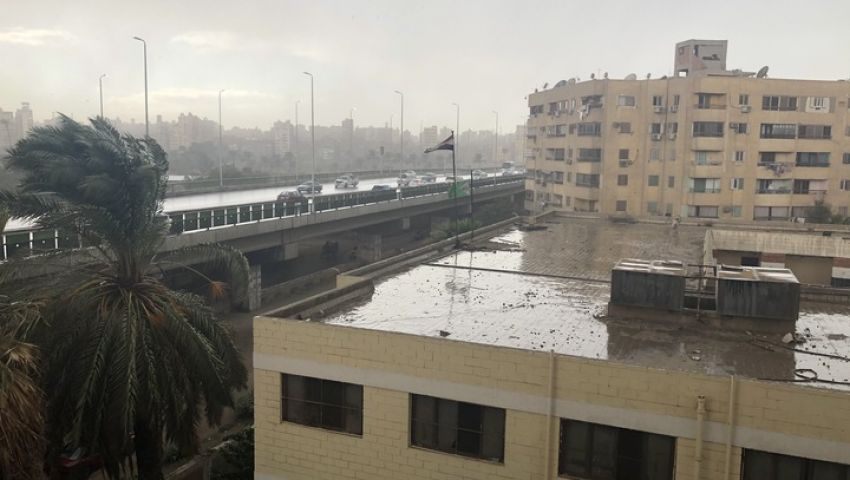 فيديو| حالة الطقس.. سيول رعدية تضرب القاهرة والمحافظات