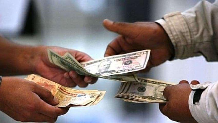 بسبب التوترات المحلية.. تذبذب سوق العملة في السودان