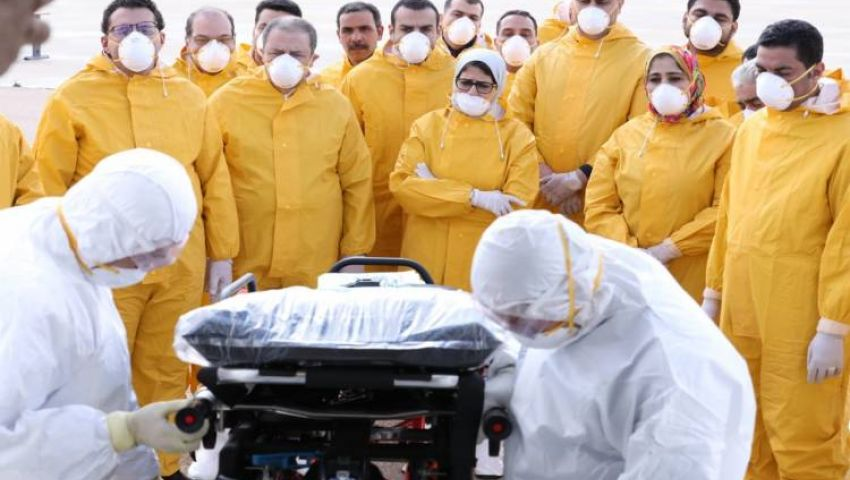 كورونا مصر.. رسائل مطمئنة و8 أسئلة تبحث عن إجابة  حول الإصابة الأولى