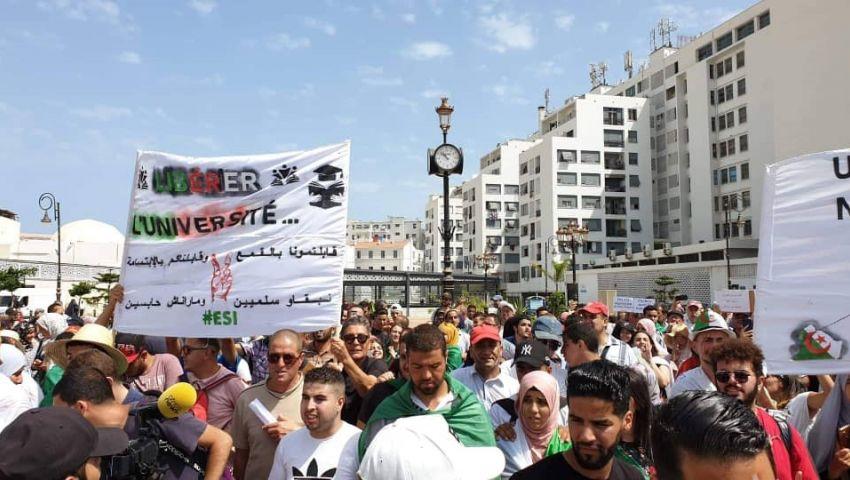 الجزائر.. الجيش يبارك تشكيل فريق للحوار بدون شروط مسبقة