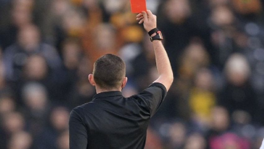 إنفوجراف| تعرف على أبرز التعديلات الجديدة في قانون كرة القدم