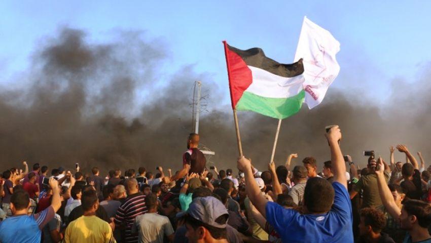 في مسيرات العودة..الاحتلال يواصل قمع الفلسطينيين
