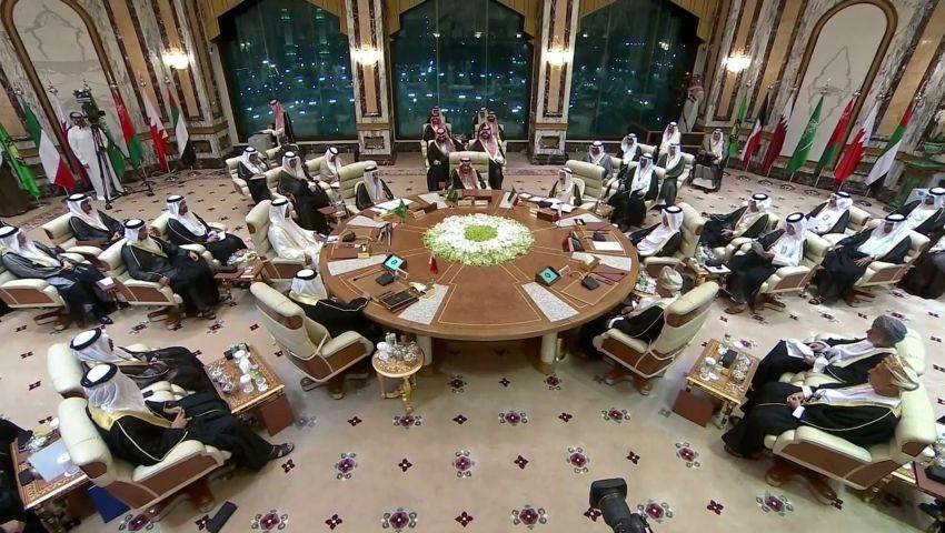 «تدخلات إيران» على طاولة أولى قمم مكة.. حشد خليجي ضد طهران