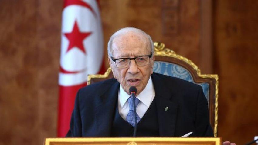 تونس.. السبسي يُمدِّد الطوارئ