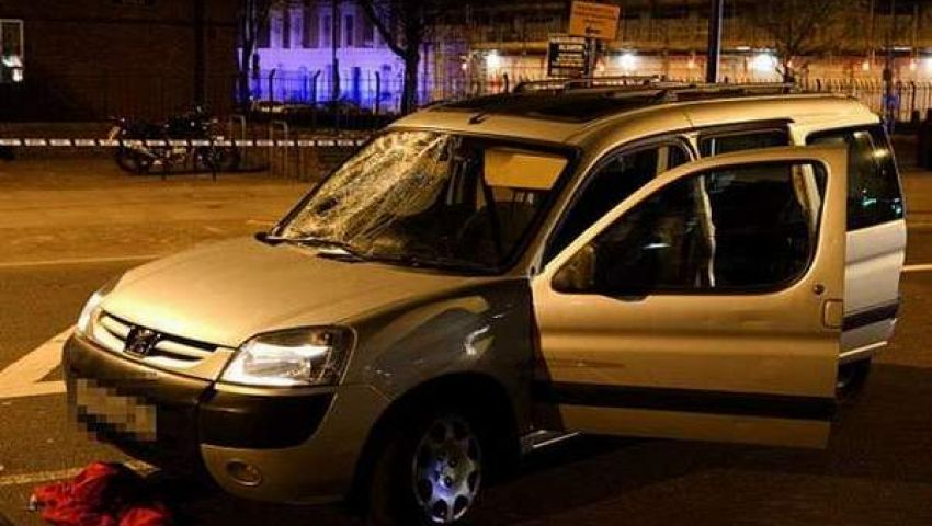 بالصور.. سيارة تدهس 4 أشخاص وسط لندن وتثير الفزع