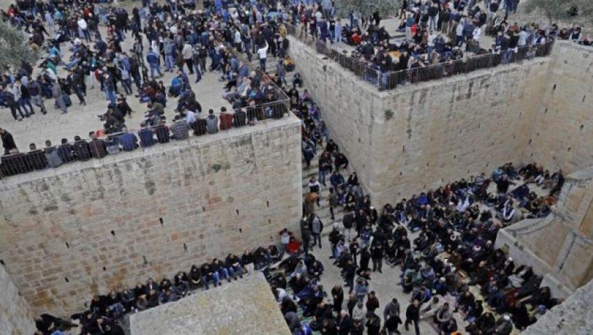 باب الرحمة .. مصلى تاريخي يكسر قيود الاحتلال