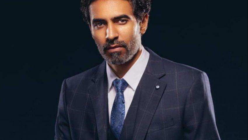 رجل عصامي.. محمد علاء يكشف تفاصيل دوره في «واقع افتراضي»