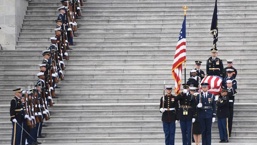 تفاصيل اتفاق خاص لحضور ترامب جنازة بوش.. كشفتها «واشنطن بوست»