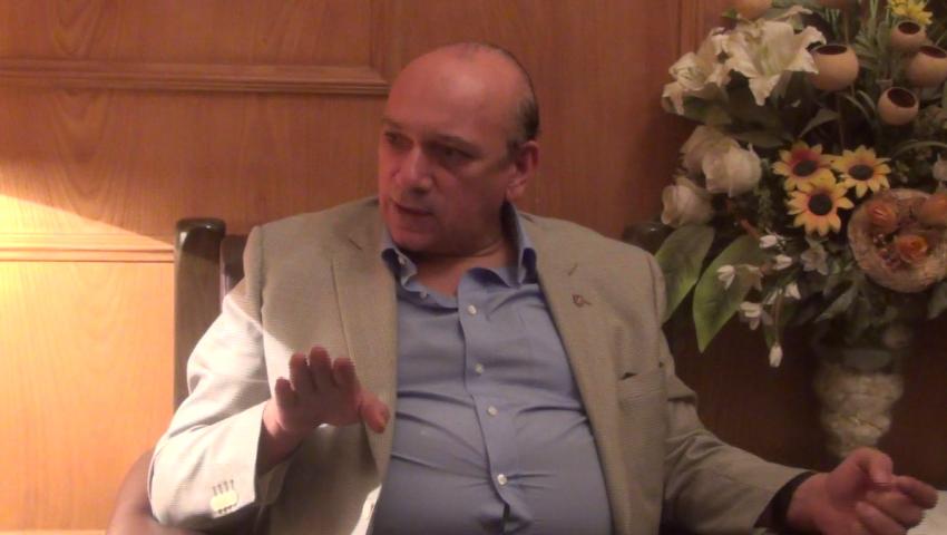 بالفيديو| مدير قصر العيني : نستقبل مليوني مريض سنويا.. ولدينا عجز في اﻷطباء