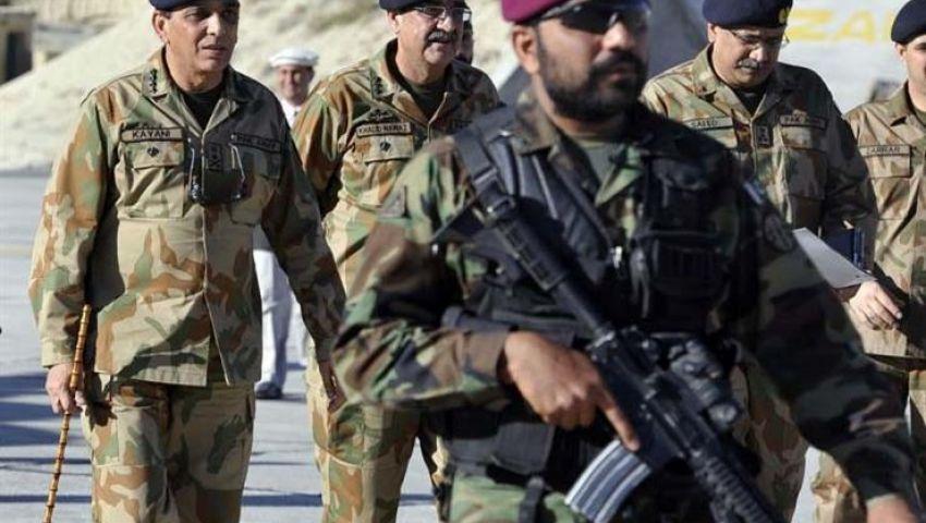 باكستان تشتعل بمواجهات إرهابية حدودية وهجوم مسلح على فندق