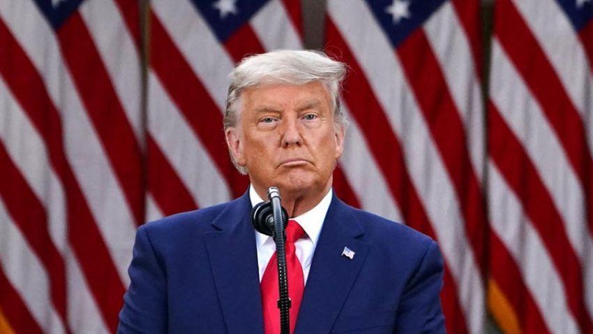 في أول ظهور منذ فوز «بايدن».. «ترامب» يظهر بالشعر الأبيض