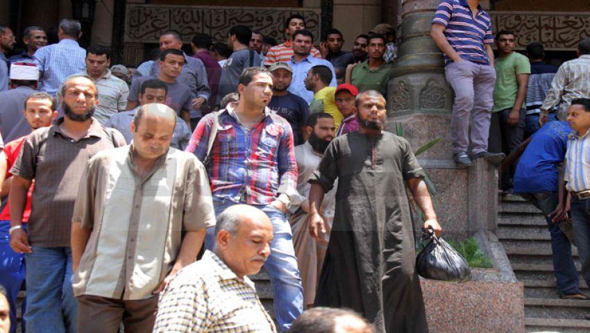 بالصور..خروج جميع المحاصرين بمسجد الفتح